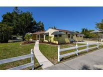 View 7745 Westmoreland Dr Sarasota FL
