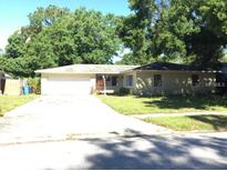View 7119 Kingsbury Cir Tampa FL