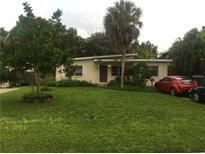View 110 Pershing St Ne St Petersburg FL
