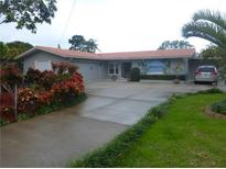 View 9558 Oakhurst Rd Seminole FL