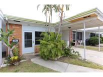 View 13940 Anona Heights Dr # 120 Largo FL