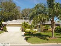 View 2675 Sunny Breeze Ave Largo FL