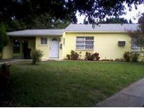 View 1540 Suffolk St N St Petersburg FL