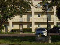 View 2258 World Parkway Blvd W # 4 Clearwater FL