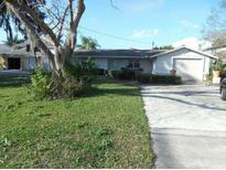 View 5545 Manatee Point Dr New Port Richey FL
